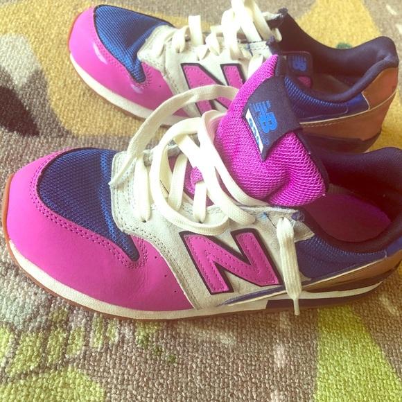 new balance girls size 5
